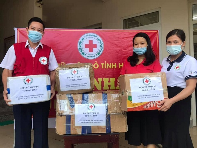 Hội Chữ thập đỏ Hà Tĩnh ủng hộ Thành phố Hồ Chí Minh phòng chống dịch Covid