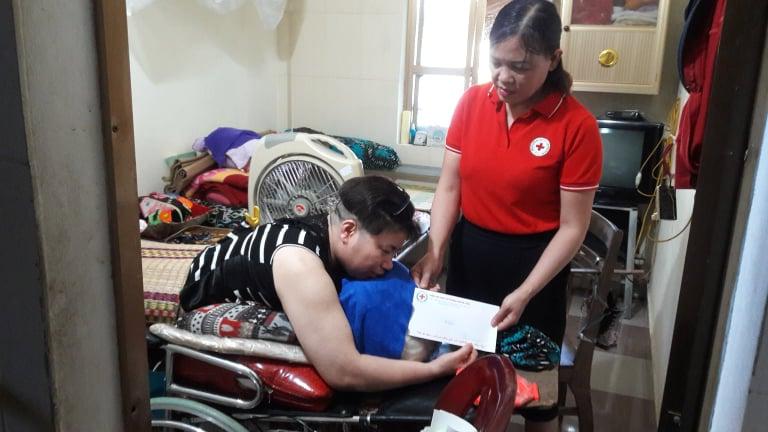 Hội Chữ thập đỏ thành phố vận động hỗ trợ thường xuyên cho địa chỉ nhân đạo