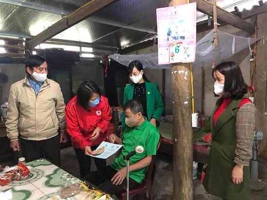 25 Sổ trợ cấp địa chỉ nhân đạo đến với những hoàn cảnh khó khăn trên địa bàn Thạch Hà