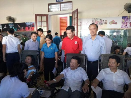 Hương Sơn nửa ngày thu 377 đơn vị máu
