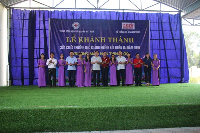 khánh thành sửa chữa trường học do Hệ thống Lees Sandwieches tài trợ tại huyện Lộc Hà, huyện Hương Khê