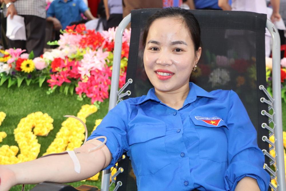 1.042 đơn vị máu được tiếp nhận trong tháng 3/2021